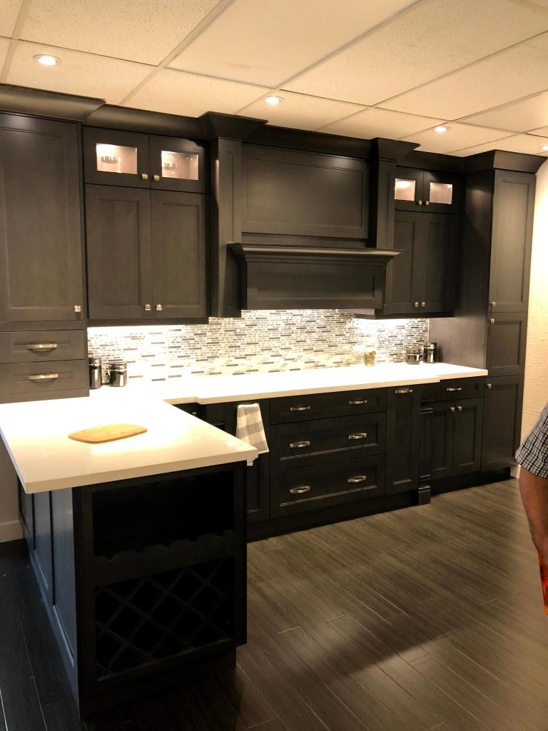 Kitchen layout in Arnrprior showroom